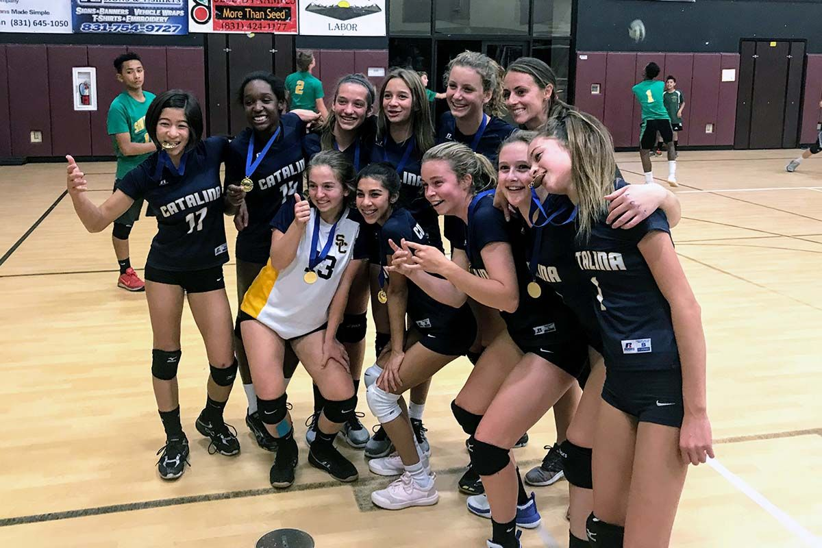 Grade 8 girls volleyball team wins championship