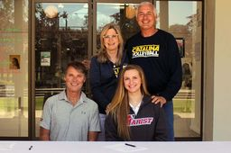 Volleyball's McKinley Fox '18 signs intent to play for Marist College