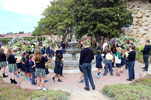 School celebrates Virgin Mary at May Procession